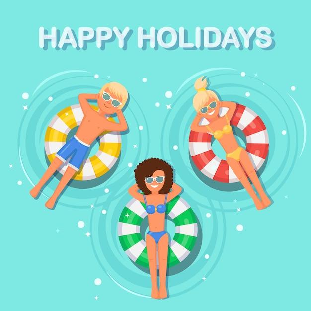 Улыбка женщины, мужчина плавает, загорает на надувном матрасе в бассейне. девушка плавает на игрушке с мячом на водном фоне. небесный круг. летний отдых, отпуск, путешествия Premium векторы