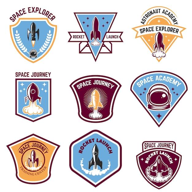 Эмблемы космического лагеря. запуск ракеты, академия космонавтов. элементы для логотипа, этикетки, эмблемы, знака. иллюстрации. Premium векторы