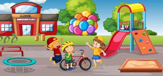 Studente al cortile della scuola Vettore gratuito