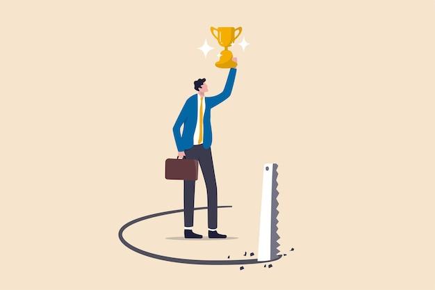 成功の罠、キャリアの問題やビジネス上の取引の概念における裏切り、成功した実業家が受賞者のトロフィーカップを保持し、競合他社が床の下で床を挽きます。 Premiumベクター
