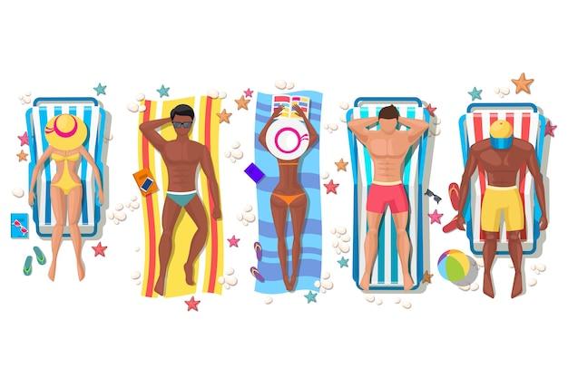 Gente della spiaggia estiva sulla sdraio. vacanza relax, bagni di sole e tempo libero, corpo di ragazza. Vettore gratuito