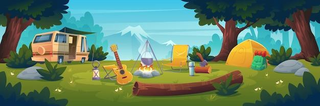 Летний лагерь в дневное время. стенд для каравана у костра с горшком, палаткой, бревном, котлом и гитарой с видом на горы Бесплатные векторы