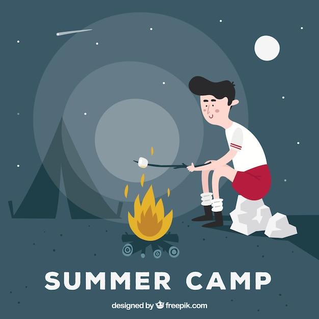 Fondo del campo estivo con ragazzo che riscalda marshmallow Vettore gratuito