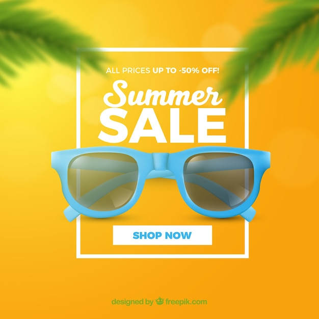 Summer sale with sunglasses realistic style Free Vector