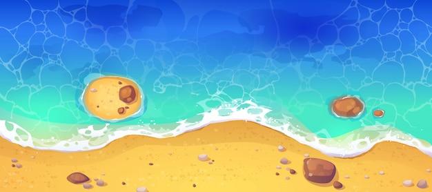Spiaggia del mare di estate, vista superiore della riva sabbiosa dell'oceano Vettore gratuito