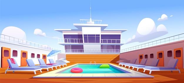 크루즈 라이너의 수영장, 일광욕 용 의자가있는 빈 배 갑판, 나무 바닥 및 문 현창. 무료 벡터
