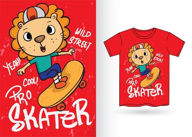 Tシャツのかわいい手描きスケーターライオン Premiumベクター
