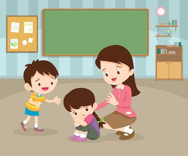 Criança triste sendo confortada por professora e colega dentro da sala de aula