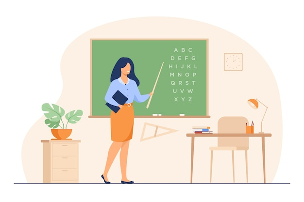 先生は黒板の近くに立って、スティック分離フラットベクトル図を保持しています。黒板とアルファベットを指している近くの漫画の女性キャラクター。 無料ベクター