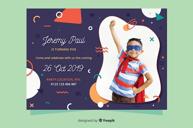 Template children birthday invitation with photo Free Vector