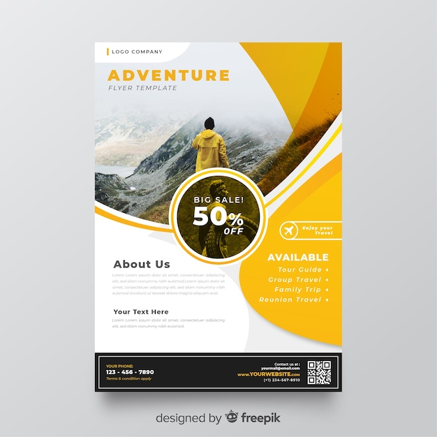 Template travel flyer with image Free Vector