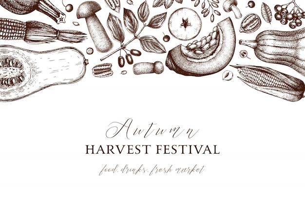 感謝祭の日。秋の収穫祭のビンテージ背景。手描きの果実、果物、野菜、キノコのイラストで秋のシーズンの背景。伝統的な植物要素 Premiumベクター