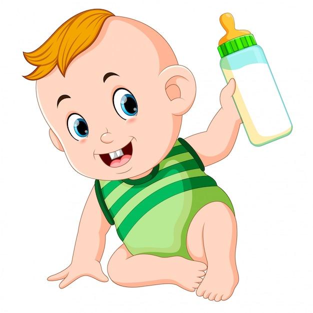 かわいい赤ちゃんが遊んで、牛乳瓶を保持 Premiumベクター