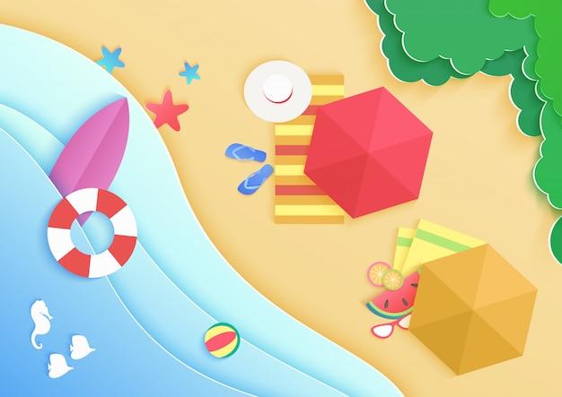 Предпосылка пляжа моря океана шаржа взгляд сверху с зонтиками, кольцом donuts заплыва, солнечными очками, доской для серфинга, шляпой и морской звёздой. путешествия отпуск концепции баннера. Premium векторы