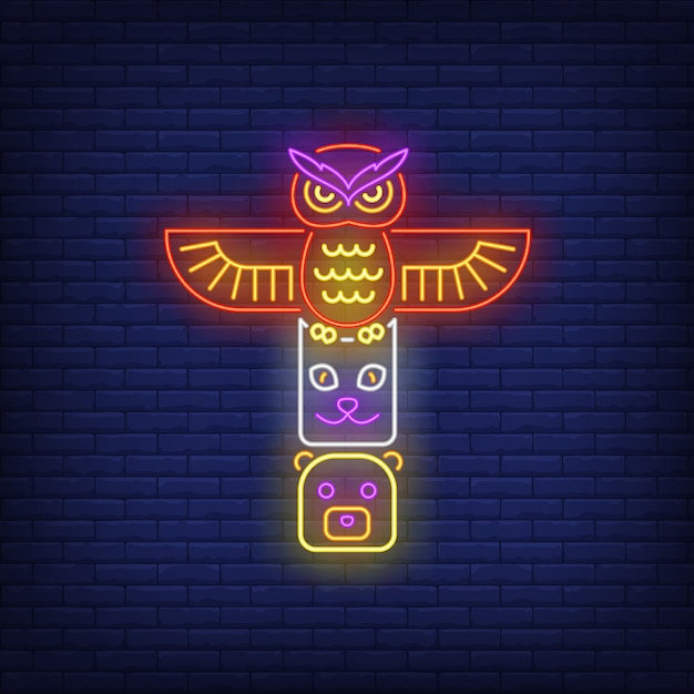 Totem pole with animals neon sign Free Vector