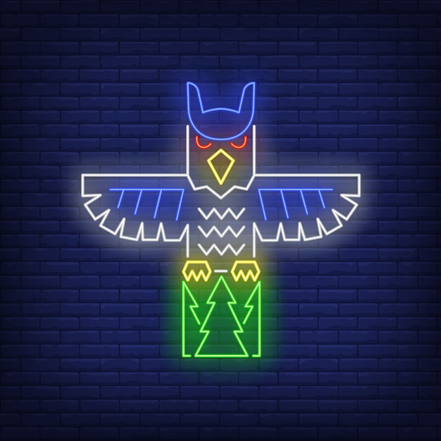 Totem pole with owl neon sign Free Vector