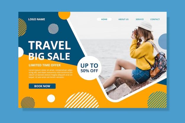 Pagina di destinazione della vendita di viaggi con foto Vettore gratuito