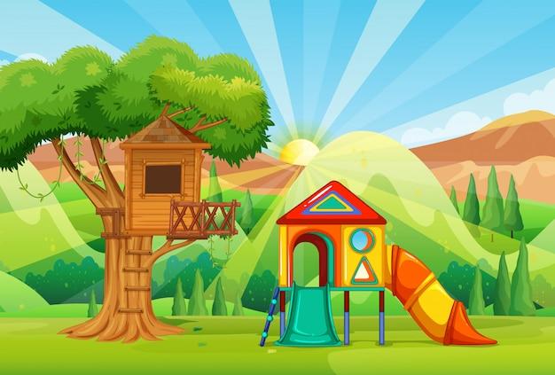 Casa sull'albero e scivoli nel parco Vettore gratuito