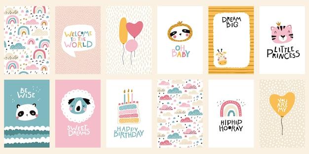熱帯の誕生日カードコレクション。レタリングが付いている動物のかわいい顔。スカンジナビア風の保育園の幼稚なプリント。パステルカラーのベクトル漫画イラスト Premiumベクター