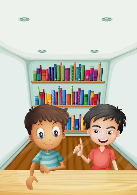 Due ragazzi davanti agli scaffali con i libri Vettore gratuito