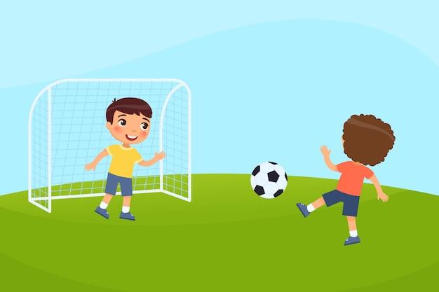 두 명의 작은 소년이 축구를합니다. 아이들은 야외에서 놀아요. 여름 휴가, 스포츠 활동의 개념입니다. 무료 벡터