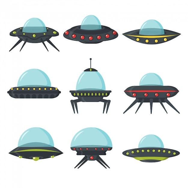 Ufoセット、エイリアンの宇宙船、フラットスタイル。ゲームuiのエイリアンサークルプレートのカラーセット。輸送用プレートの形の宇宙船。 nloは漫画のスタイルに設定されています。図。 Premiumベクター