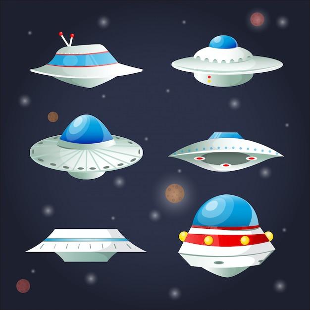 Ufoセット。宇宙船の漫画コレクション。 Premiumベクター