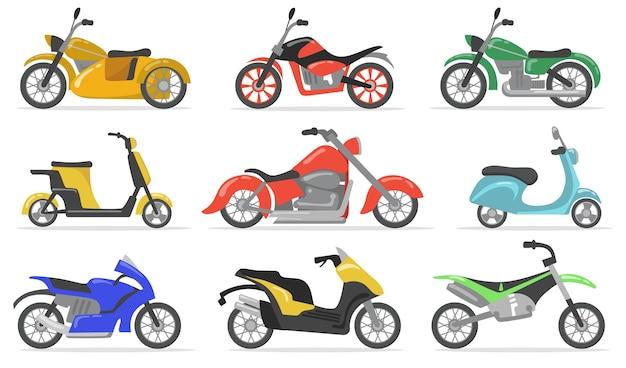 다양한 오토바이 플랫 아이템 세트. 만화 오토바이, 모토 사이클, 스쿠터 및 자전거 절연 벡터 일러스트 컬렉션. 운송 및 배달 개념 무료 벡터