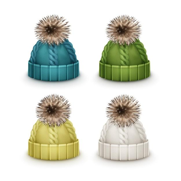 Insieme di vettore dei berretti lavorati a maglia inverno blu, verde, giallo, bianco con vista laterale pom-pom isolato su priorità bassa bianca Vettore gratuito