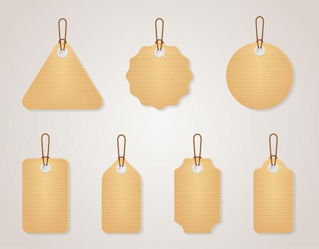 Набор старинных пустых картонных тегов. ретро-дизайн пустая этикетка для продажной цены, векторные иллюстрации Бесплатные векторы