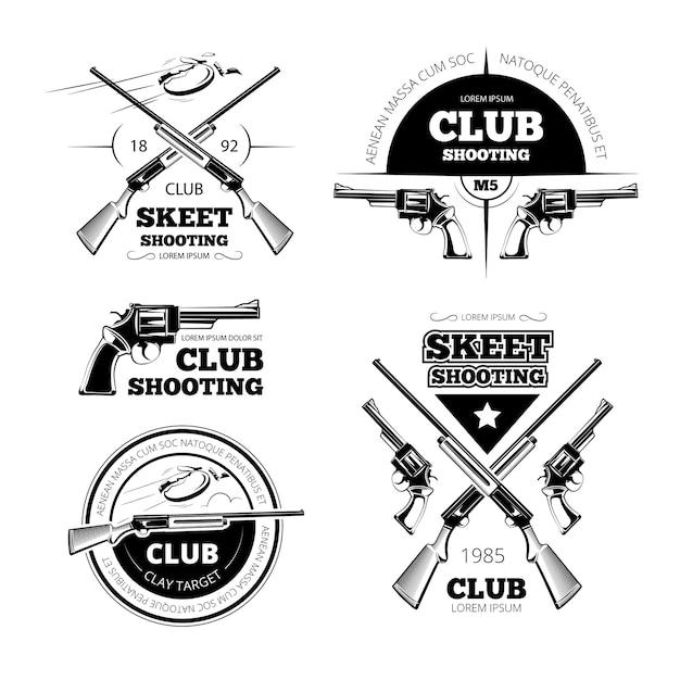 ヴィンテージガンクラブのラベル、ロゴ、エンブレムセット。バッジと銃、武器のライフル、ベクトル図 Premiumベクター