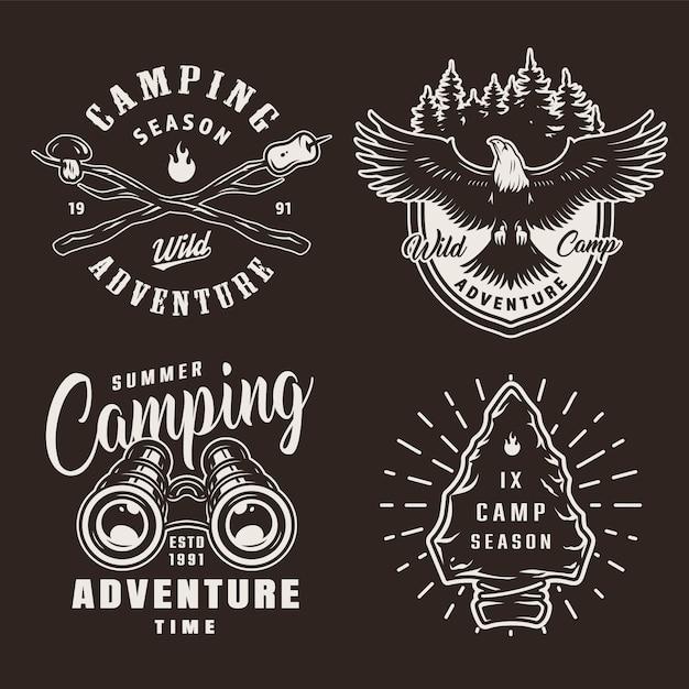 Distintivi di campeggio estivo monocromatico vintage Vettore gratuito