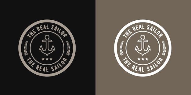 Урожай ретро стиль круглый логотип моряка якорь, морской дизайн ретро битник с шаблоном колеса корабля Premium векторы