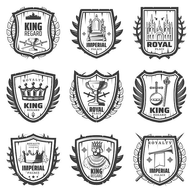 Vintage stemma reale impostato con re spada palazzo corona monarchia orb scettro tromba trono riguardo isolato Vettore gratuito