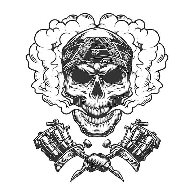 Teschio maestro del tatuaggio vintage nel cloud Vettore gratuito