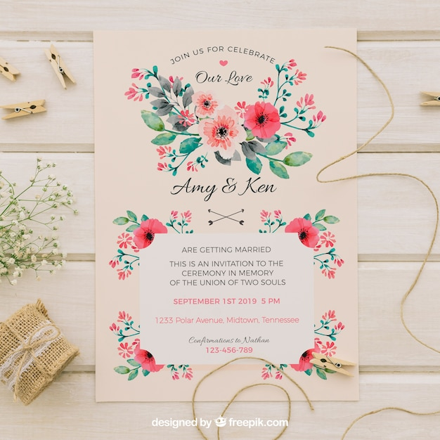 Vintage wedding invitation with watercolor flowers Free Vector