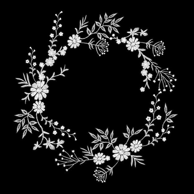 Vintage white embroidered flower wreath. fashion elegant delicate Premium Vector