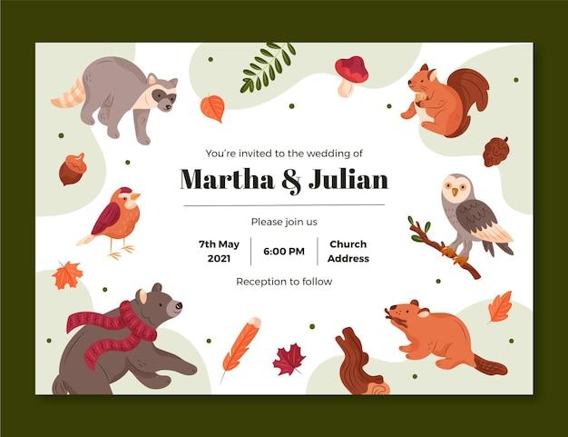 Modello di invito a nozze con animali della foresta Vettore gratuito
