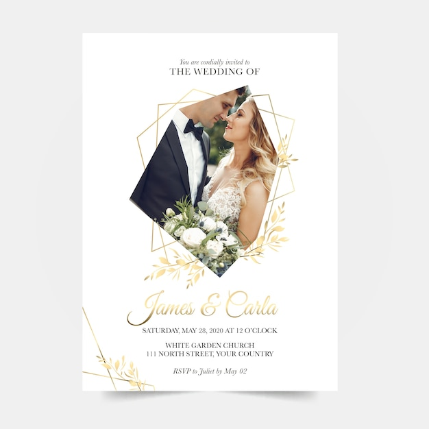 Wedding invitation template with married couple Free Vector