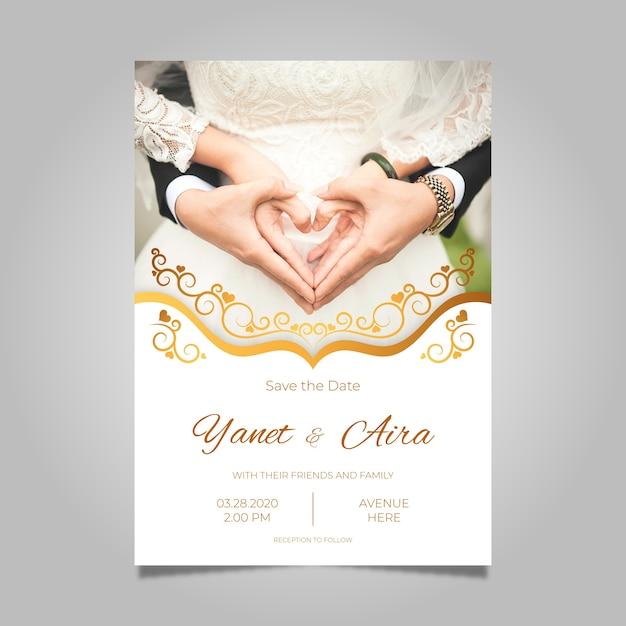 Wedding invitation template with pic Free Vector
