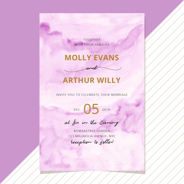 Wedding invitation with abstract purple watercolor background Premium Vector