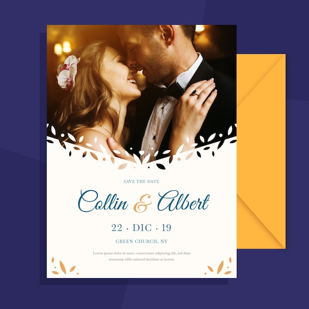 Wedding invitation with photo of lovely couple Free Vector
