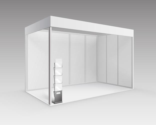 背景に分離された視点で小冊子パンフレットホルダーとプレゼンテーションのための白い空白の屋内貿易展示会ブース標準スタンド Premiumベクター