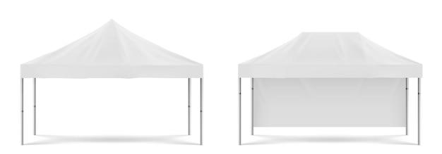 흰색 접이식 승진 텐트, 해변 또는 정원 파티, 마케팅 전시회 또는 무역을위한 야외 모바일 천막. 흰색 배경에 고립 된 빈 축제 천막의 벡터 현실적인 모형 무료 벡터