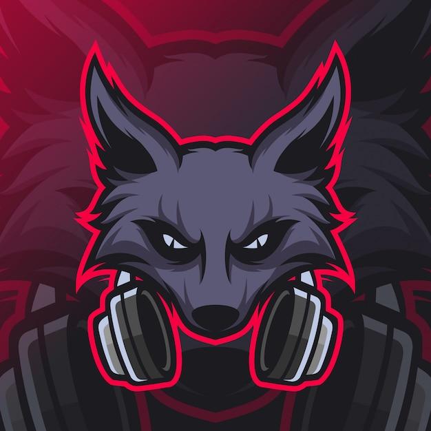 Wolves gaming mascot esport logo Premium Vector