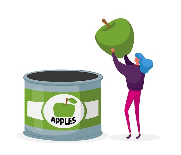 Женщина проверяет зеленое яблоко перед тем, как положить в консервную банку Premium векторы