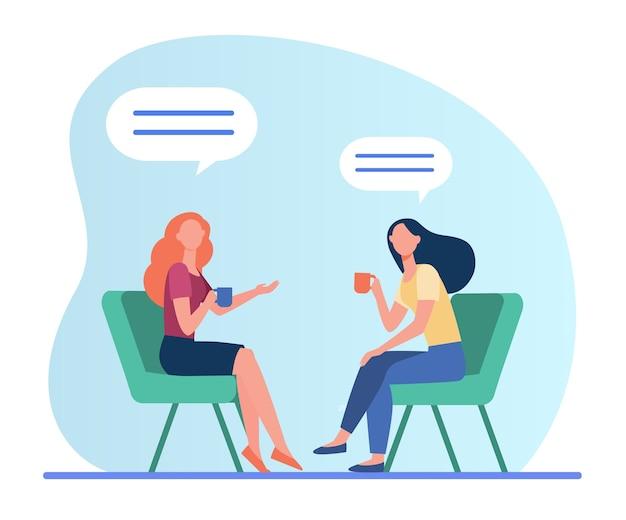 Женщины разговаривают за чашкой кофе. встреча подруг в кафе, чат пузыри плоские векторные иллюстрации. дружба, общение Бесплатные векторы