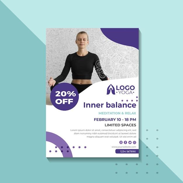 Poster modello di lezione di yoga Vettore gratuito