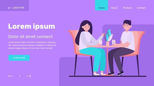 カフェに座っているとバブルティーを飲む若いカップル。日付、愛、コーヒーフラットベクトルイラスト。関係と家族の概念のウェブサイトのデザインまたはランディングwebページ 無料ベクター
