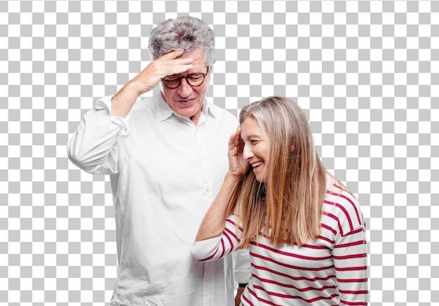 Älterer cooler ehemann und frau, die glücklich einige gute und überraschende nachrichten realisiert Premium PSD